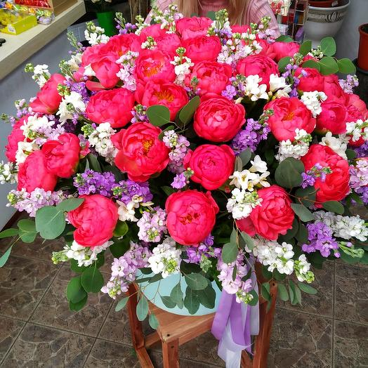 VIP коробка с пионами 💮 премиум-класса: букеты цветов на заказ Flowwow