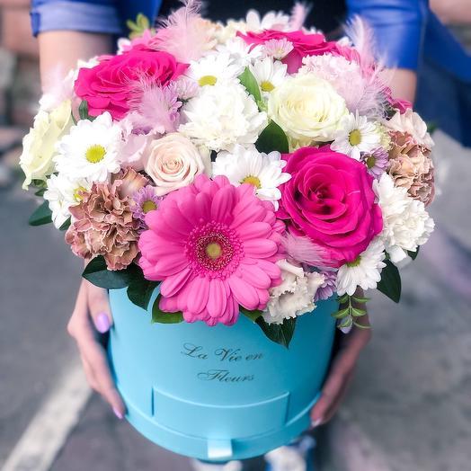 Коробка «Фееричное сияние»: букеты цветов на заказ Flowwow