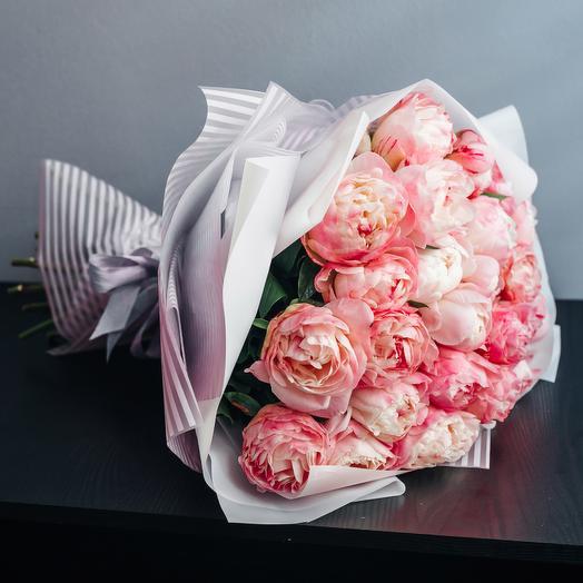 Букет из 25 пионов: букеты цветов на заказ Flowwow