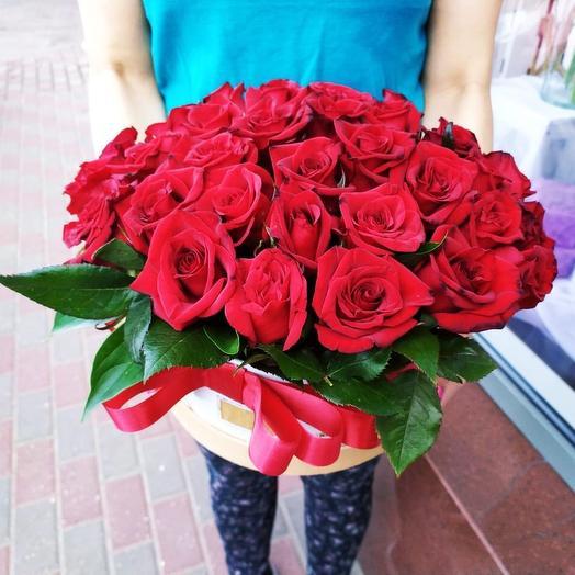 Коробка из 37 роз