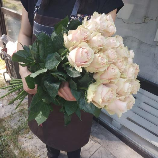 Букет из нежных роз: букеты цветов на заказ Flowwow