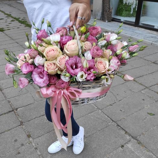 """Корзина с цветами """"На счастье """""""