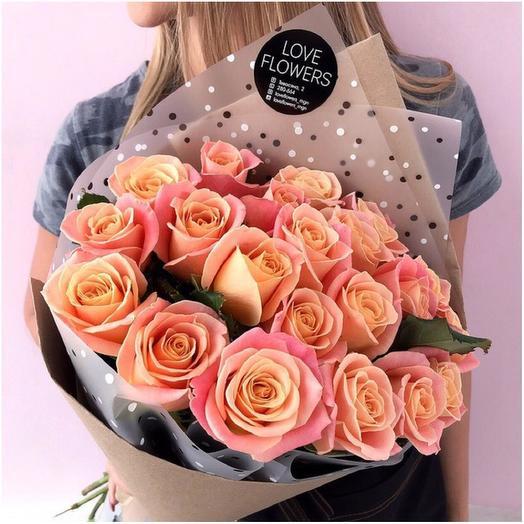 Роза «Мисс Пигги»