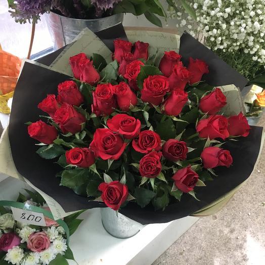 21 Роза Кения 60 см