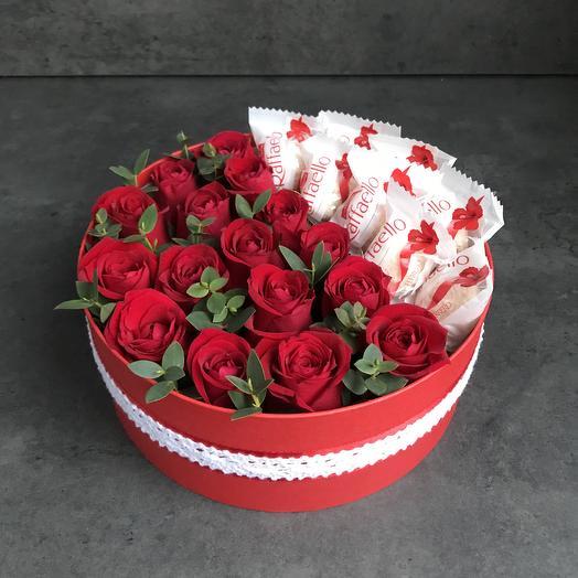 Цветы и сладости: букеты цветов на заказ Flowwow