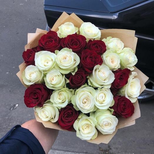 31 роза 40 см: букеты цветов на заказ Flowwow