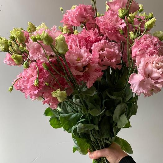 Букет из махровых лизиантусов: букеты цветов на заказ Flowwow