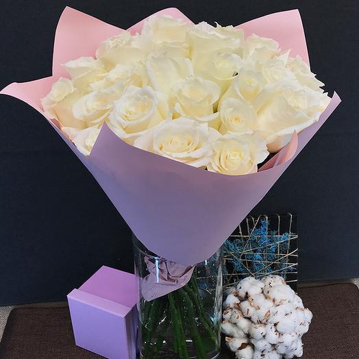 Роза (Эквадор) 60 см 25 шт в упаковке
