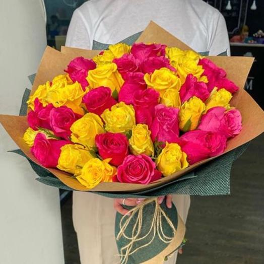 35 Роз Малиново-розовых