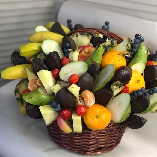 Корзина  5 кг с фруктами в шоколаде