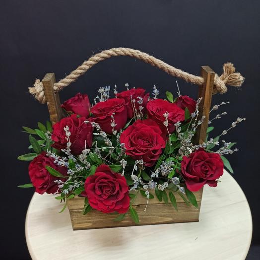 Роза с лавандой в ящичке