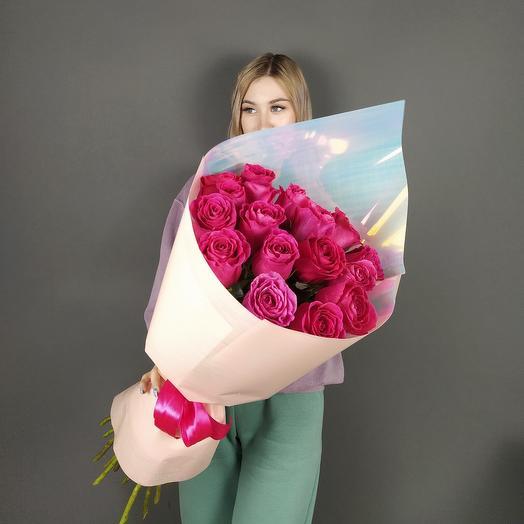 17 Малиновых роз Эквадор