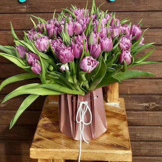 Bouquet of tulips in aqua box