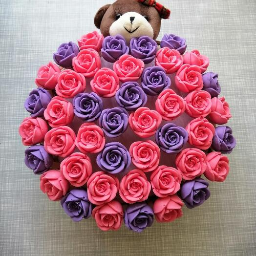 Корзинка с шоколадными розами 45шт