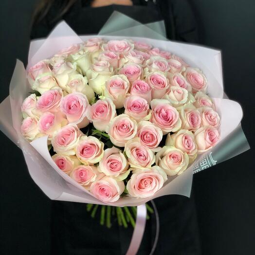Букет из нежных-нежных роз