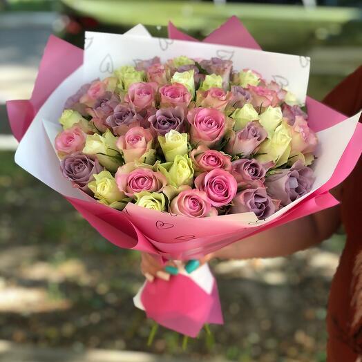 Букет из 51 розы микс с оформлением