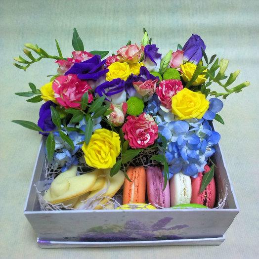 Коробочка 207: букеты цветов на заказ Flowwow