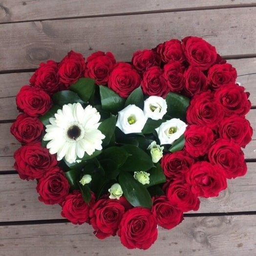 СЕРДЕЧКО ДЛЯ ЛЮБИМОЙ !: букеты цветов на заказ Flowwow