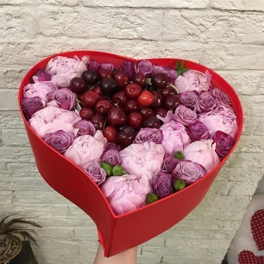 Черешня в пионах: букеты цветов на заказ Flowwow