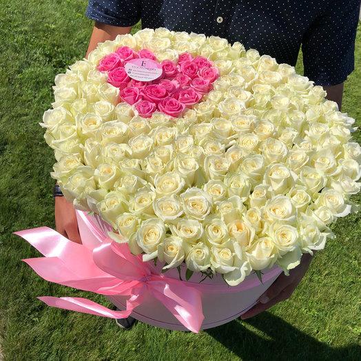 151 роза в коробочке: букеты цветов на заказ Flowwow