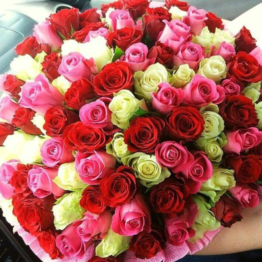 A vibrant mix of 101 roses: flowers to order Flowwow