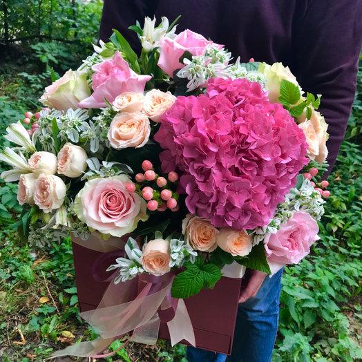Коробка Подарочная Премиум: букеты цветов на заказ Flowwow