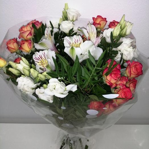 Рапсодия: букеты цветов на заказ Flowwow