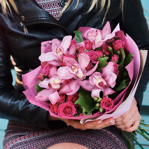 Для любимой: букеты цветов на заказ Flowwow