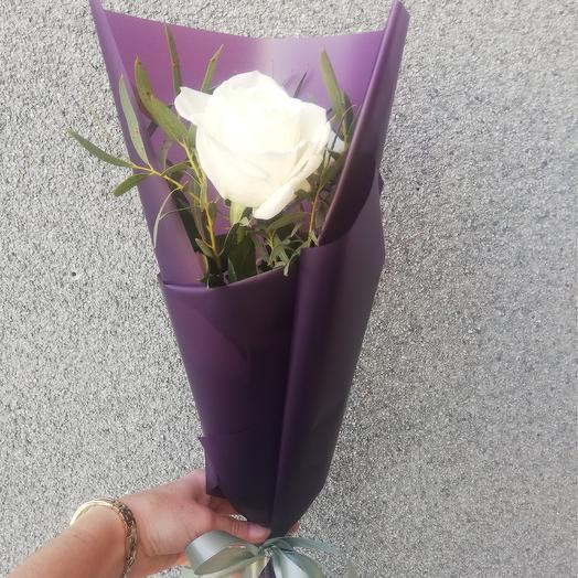 A compliment: flowers to order Flowwow