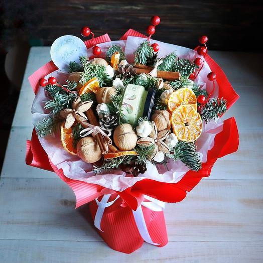 Букет Яркая ягода: букеты цветов на заказ Flowwow