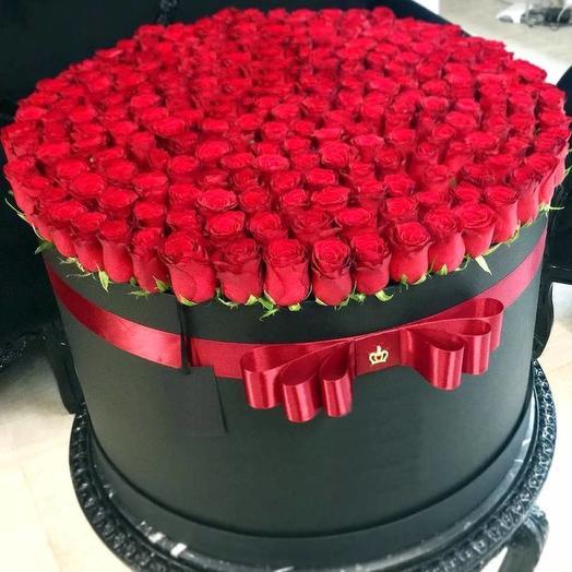 201 роза в шляпной коробке