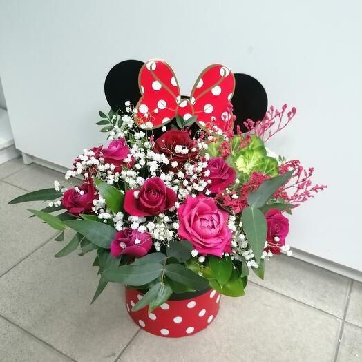 Цветы в коробке мики