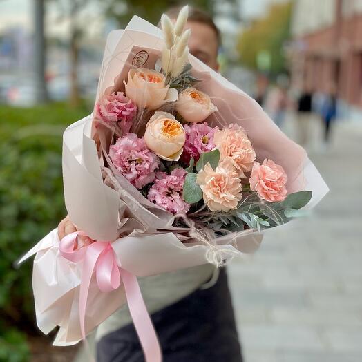 ✅Букет с розами «Джульетта», эустомой и диантусами «Нежный комплимент»