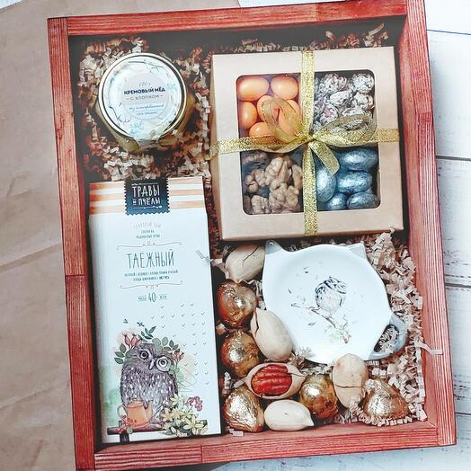 Подарочный набор с чаем и сладостями Совушки