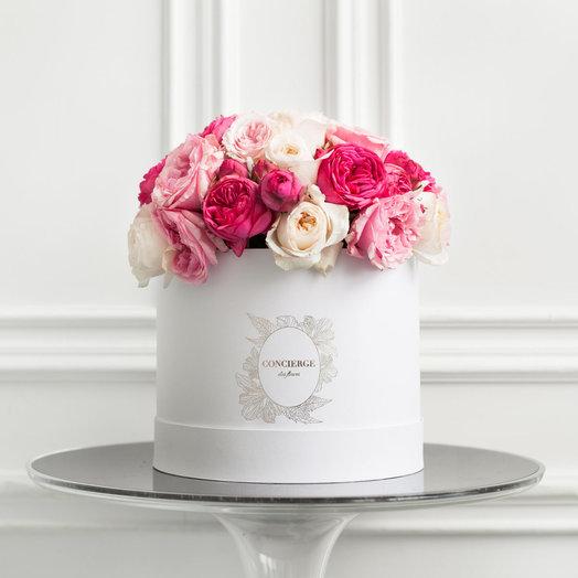 Букет CLEMENTINE в шляпной коробке Grande: букеты цветов на заказ Flowwow
