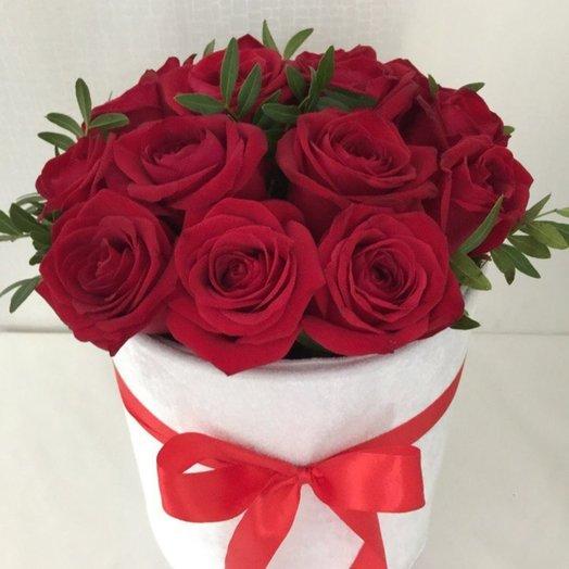 15 роз в шляпной коробке: букеты цветов на заказ Flowwow