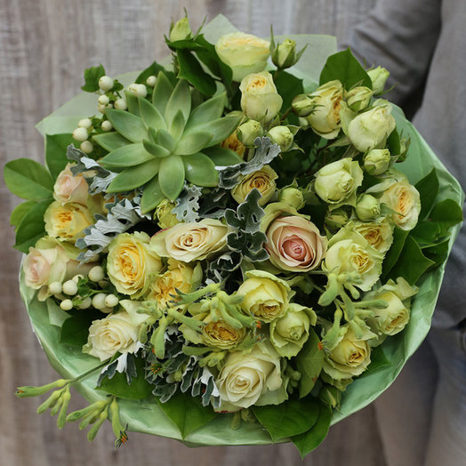 Стильный букет с суккулентом: букеты цветов на заказ Flowwow