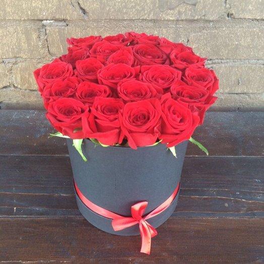 Розы в Каробки: букеты цветов на заказ Flowwow