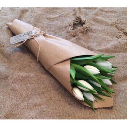 Букет из 9 тюльпанов : букеты цветов на заказ Flowwow