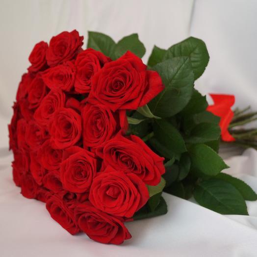 Классика из 29 роз: букеты цветов на заказ Flowwow