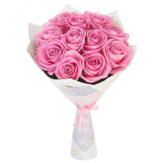 11 розовых роз в крафте: букеты цветов на заказ Flowwow
