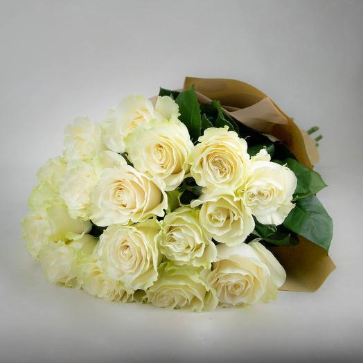 Моно букет из белых роз