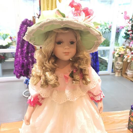 Кукла Антонина: букеты цветов на заказ Flowwow