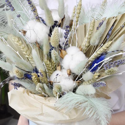 Коробочка с сухоцветами в голубых тонах: букеты цветов на заказ Flowwow