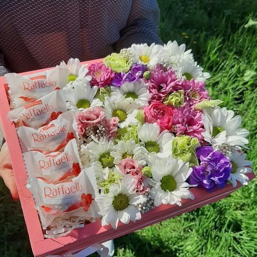 """Цветы и конфеты """"Сюрприз"""""""