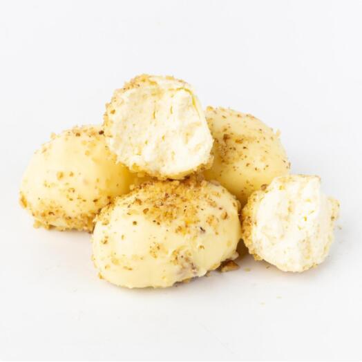 Сырки в белом шоколаде с грецкими орехами