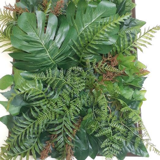 Композиция из искусственных растений