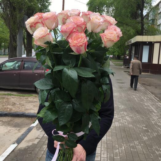 Букет «Вау» 15 роз 90 см
