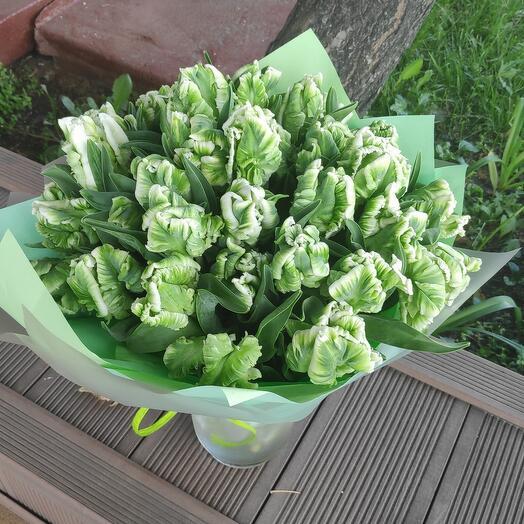 Букет тюльпанов Кузнечик
