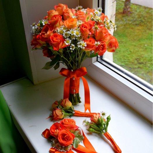 Букет невесты в бело-оранжевых тонах: букеты цветов на заказ Flowwow